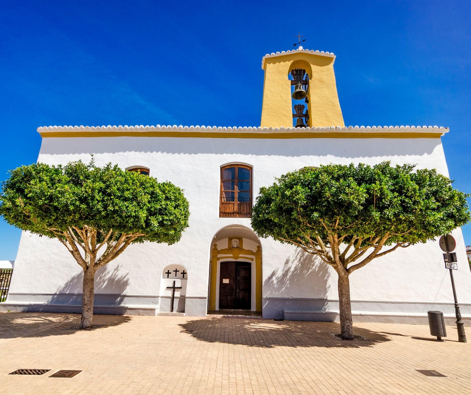 Living in Ibiza: Life in Santa Gertrudis